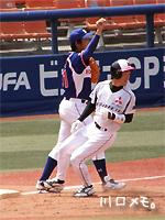 市川の三塁打