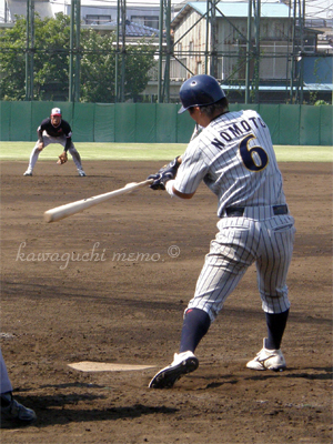 野本圭選手。奥は植山幸亮選手。